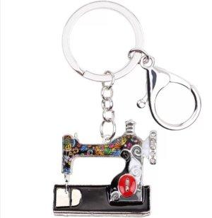 emaillierter Schlüssel-/Taschenanhänger Nähmaschine schwarz Metall NEU