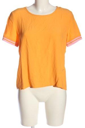 Emily van den Bergh T-Shirt