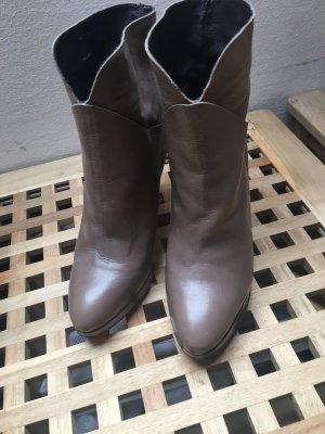 Emma & Jade Stiefeletten Ankle Boots taupe Größe 39