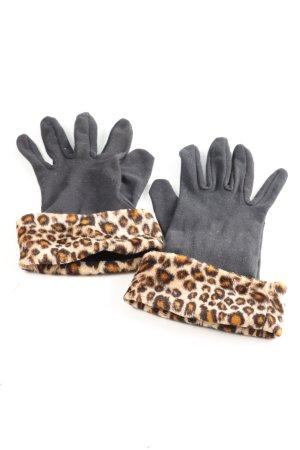 Emmanuel Geraldo Gloves leopard pattern casual look