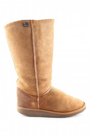 Emu Fur Boots light orange casual look