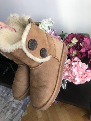 Emu winter boots