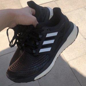 Energy Boost Schuhe von Adidas