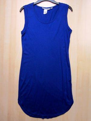 Eng anliegendes, kobaltblaues Basic-Kleid mit abgerundetem Saum