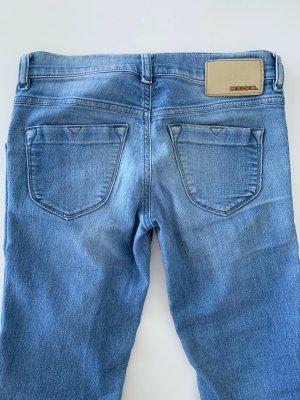 Enge Diesel Jeans W26
