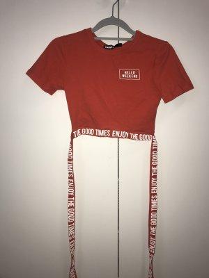Enges kurzes T-Shirt aus Tally Weijl