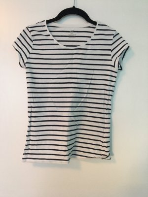 Enges Shirt in Weiß mit dunkelblauen Streifen von H&M