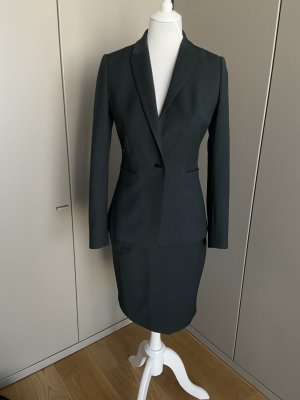 Reiss Business Suit black