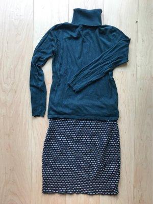 Ensemble Stickrock mit passendem Pullover
