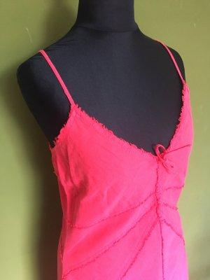 Erdbeerfarbenes Kleid von Esprit