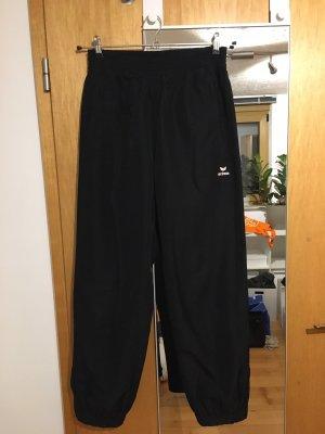 Erima pantalonera negro