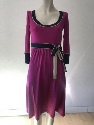 Escada Kleid Gr. 36 100% Seide lila Top