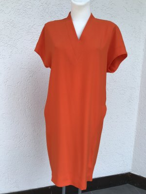 Escada KleidNEU orange V-Ausschnitt Modell Dixanula