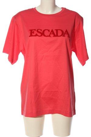 Escada Camiseta estampada rojo letras impresas look casual