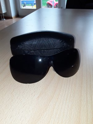 Escada Oval Sunglasses black