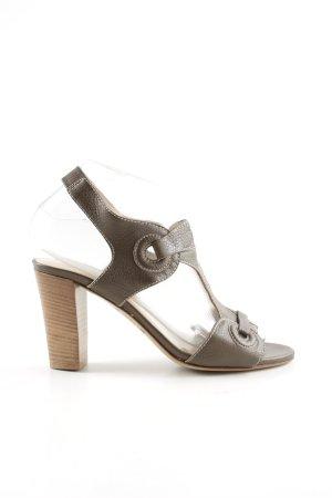 Escada Sport Zapatos de tacón con barra en T marrón look casual