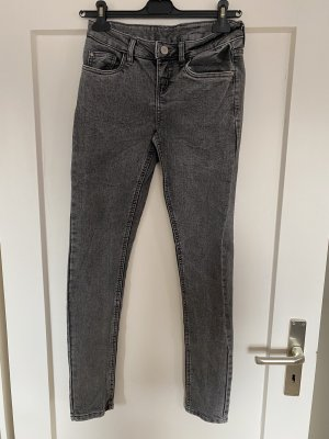 Esmara Jeans Gr.38 Grau neu