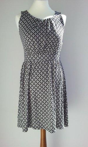 Esmara Kleid in 36/38, Schwarz / Weiß, gehäkelter Rücken, NEU