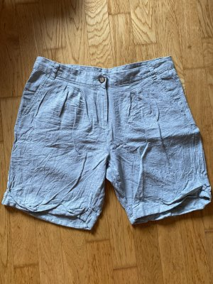 Esmara Shorts sage green