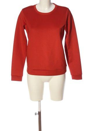Esmara Suéter rojo look casual