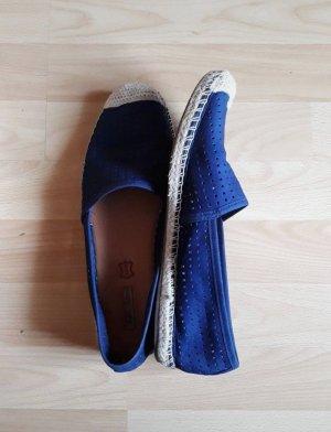 Espadrilles // blaue Schuhe // flache blaue Schuhe