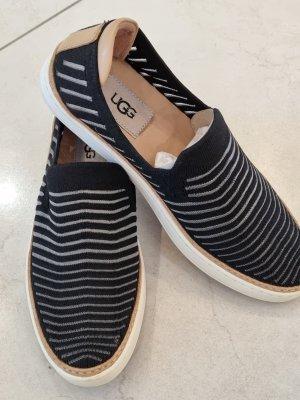 UGG Australia Espadrille Sandals black