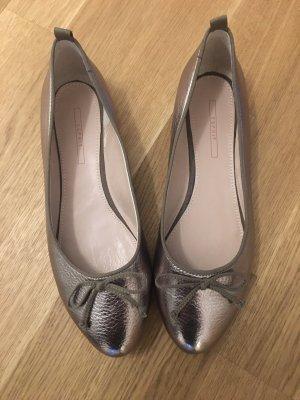 Esprit Patent Leather Ballerinas bronze-colored
