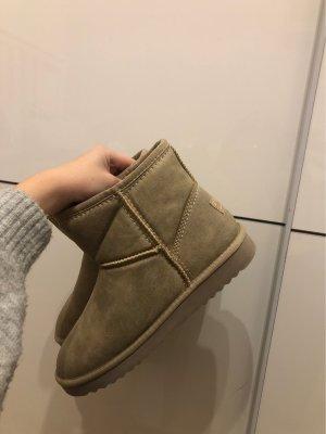 Esprit boots ganz neu