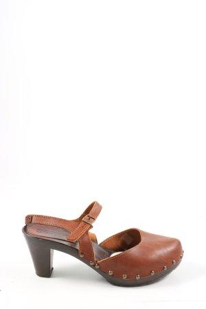 Esprit Sandalias tipo clog marrón look casual