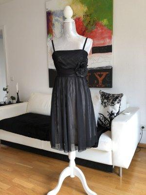 Esprit Collection Kleid mit abnehmbarer Blüte in Schwarz