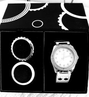 Esprit Damenuhr mit Lederarmband und 3 Ringen