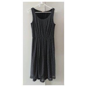 Esprit Kleid Gr. XS 34 schwarz weiß Sommer Büro Allrounder Businesskleid
