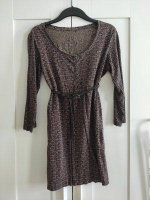 esprit Kleid mit Taillengürtel