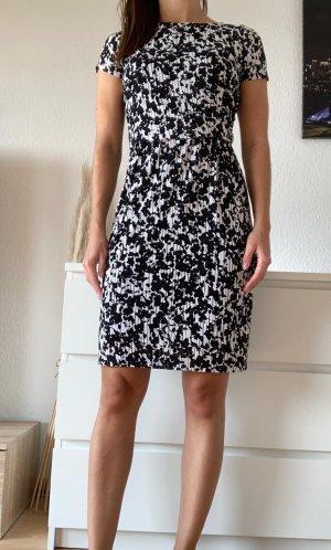 Esprit Robe mi-longue noir-blanc polyester