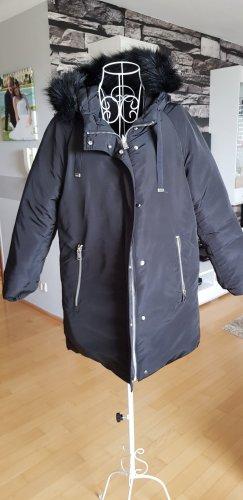 Esprit Abrigo de invierno negro