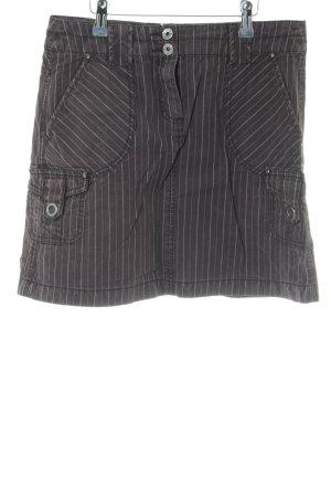 Esprit Minirock schwarz-weiß Streifenmuster Street-Fashion-Look