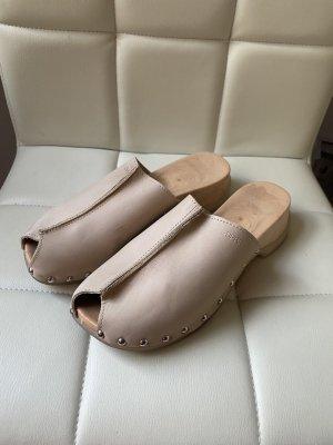 Esprit Sandalo con tacco beige chiaro