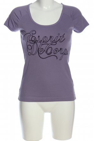 Esprit Print-Shirt lila-schwarz Schriftzug gedruckt Casual-Look