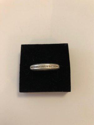 Esprit Ring mit Zirkoniasteinen