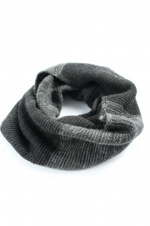 Esprit Snood light grey cable stitch casual look