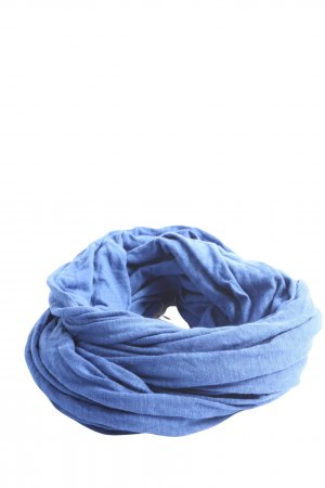 Esprit Caperuza azul look casual