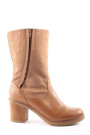 Esprit Buskins brown casual look