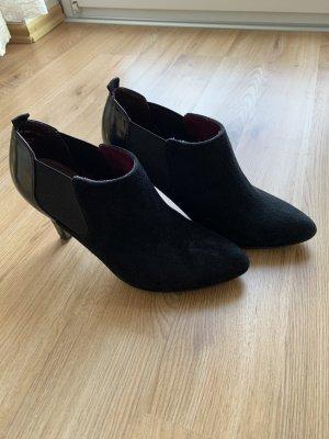 Esprit / Schuhe