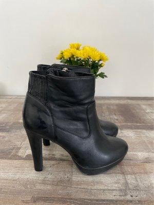 ESPRIT   Schwarze Stiefel