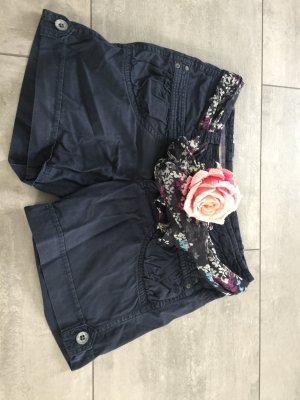 Esprit Shorts / Hotpants dunkelblau mit Tuchgürtel