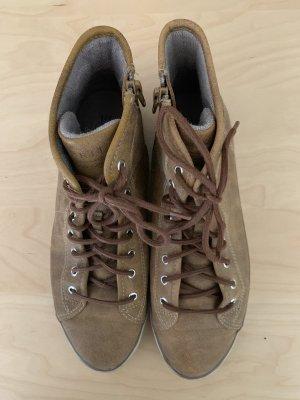 Esprit Sneaker Lederoptik