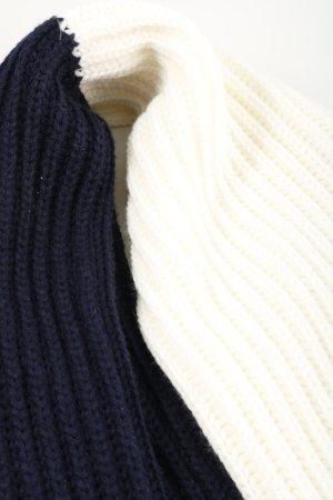 Esprit Bufanda de punto azul-crema look casual