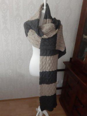Esprit Sciarpa lavorata a maglia grigio-beige chiaro