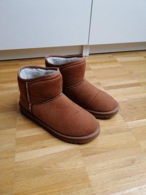 Esprit Botas de nieve marrón claro