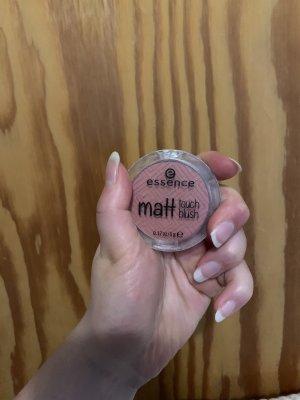 Essence matt Touch blush 20berry me up !